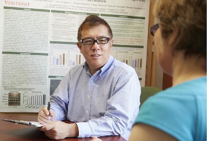 Tiến sĩ, bác sĩ Daisuke Tachikawa chia sẻ phương pháp điều trị ung thư, đồng hành cùng nhiều bệnh nhân ở các nước.